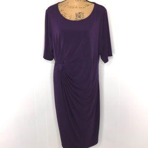 Connected Woman-Size 20W-Modest Faux Wrap Dress